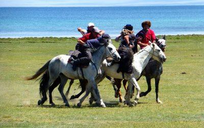 Kirghizistan : Randonnées équestres et Yoga